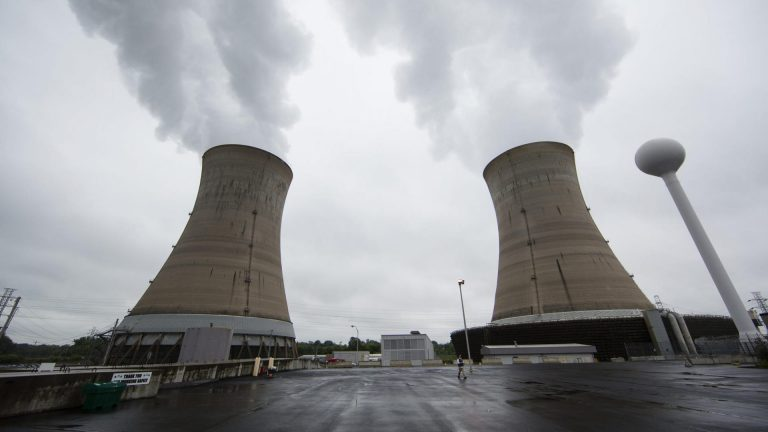 Cooling towers at the Three Mile Island nuclear power plant in Middletown (Matt Rourke/AP Photo)