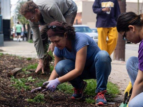 Jessica Noon, a former volunteer for La Finquita, has been organizing community building days for a new garden on Orkney street. (Angela Gervasi for WHYY)