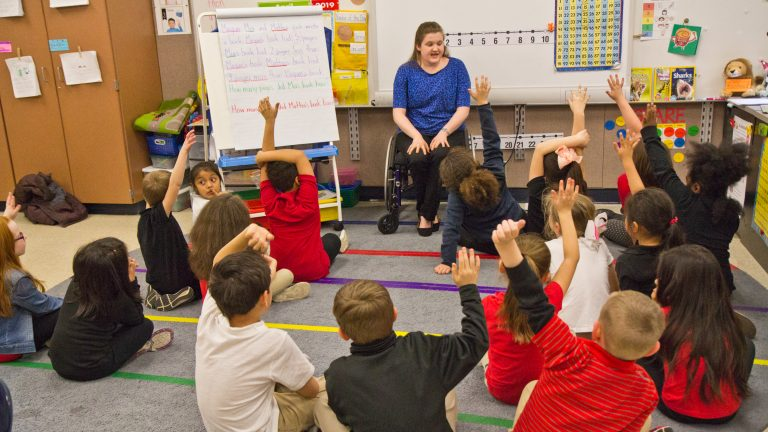 Hannah Kaptur, a student teacher at Rainbow Elementary in Coatesville, Pa., felt that voice training made it easer to use her voice all day. (Kimberly Paynter/WHYY)