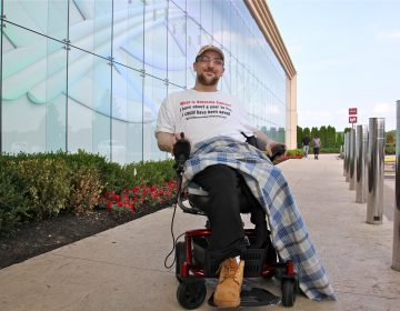 Kevin Roster makes a last visit to the Parx Casino in Bensalem before leaving for California, where law allows terminally ill patients to end their lives with medical assistance. (Emma Lee/WHYY)