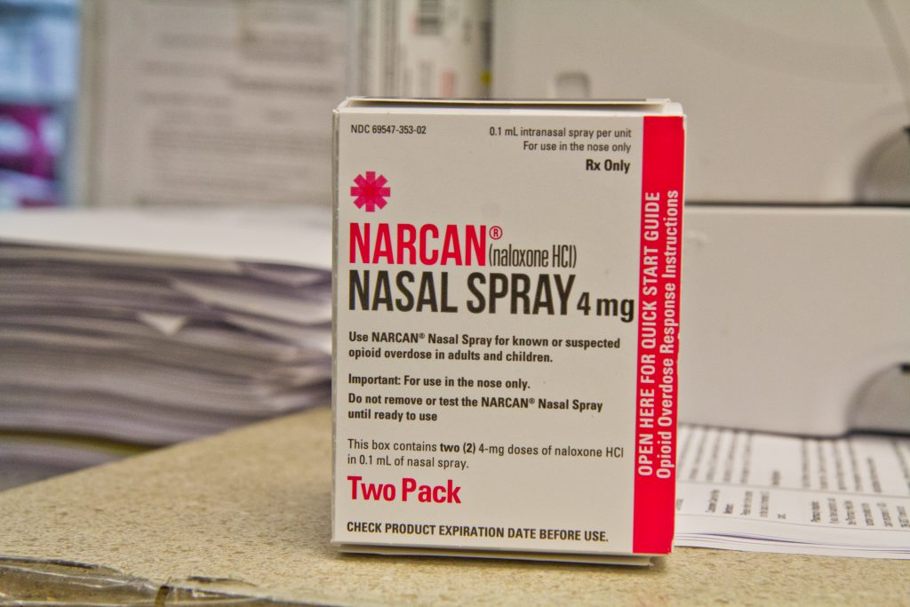 Narcan tougher to get at smaller N J  pharmacies - WHYY