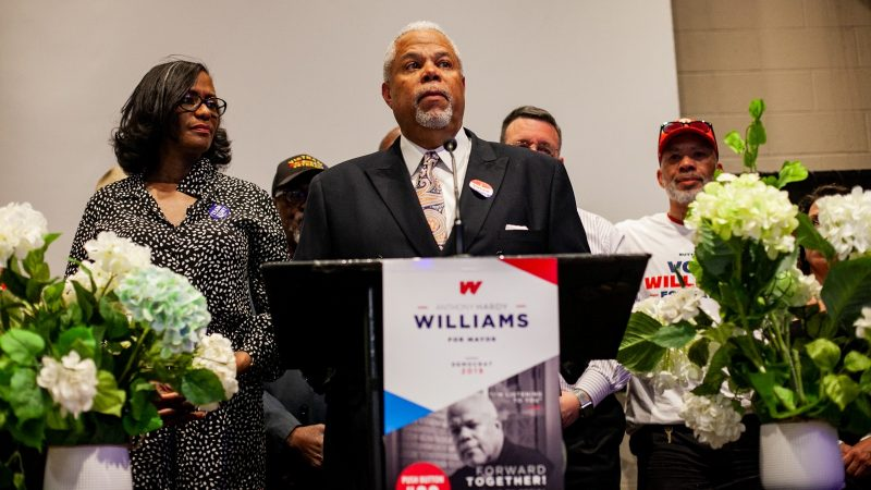 Democratic mayoral candidate Anthony Hardy Williams addresses supporters after conceding to incumbent Mayor Jim Kenney Tuesday evening. (Brad Larrison for WHYY)