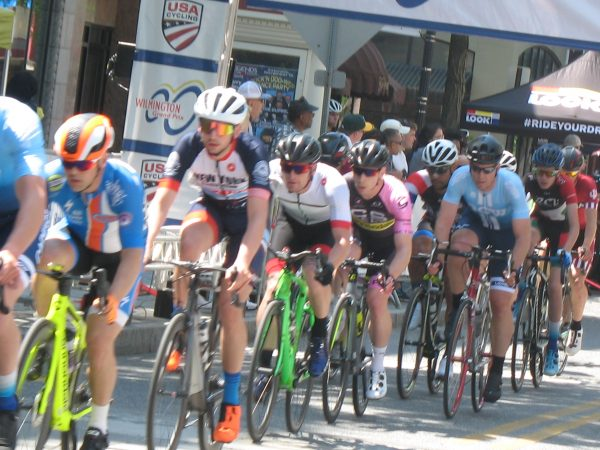 Cyclists race through town during the 2019 Wilmington Grand Prix on Saturday (John Mussoni/WHYY)