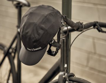 Park & Diamond's new foldable, portable bicycle helmet. (Courtesy of Park & Diamond)