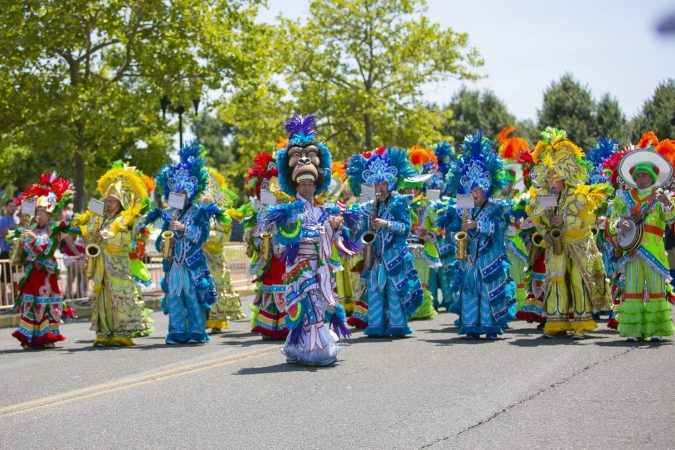 A string band performs in the San Juan Bautista Parade and Festival in Camden. (Miguel Martinez/WHYY)