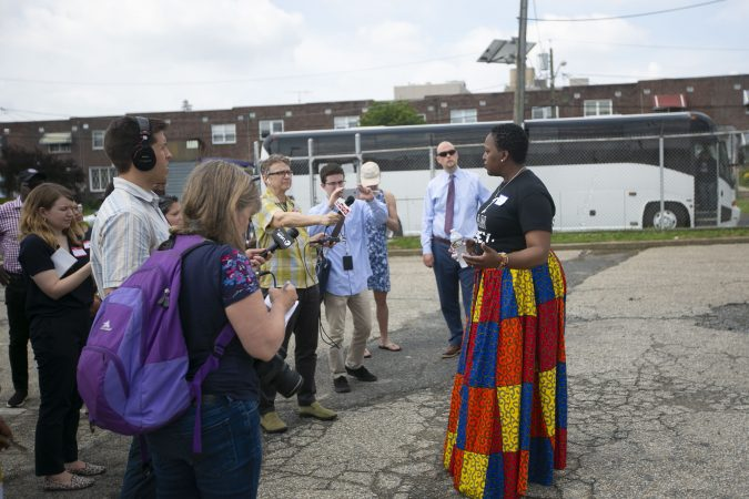 Ronsha Dickerson leads a group tour through Camden (Miguel Martinez for WHYY)
