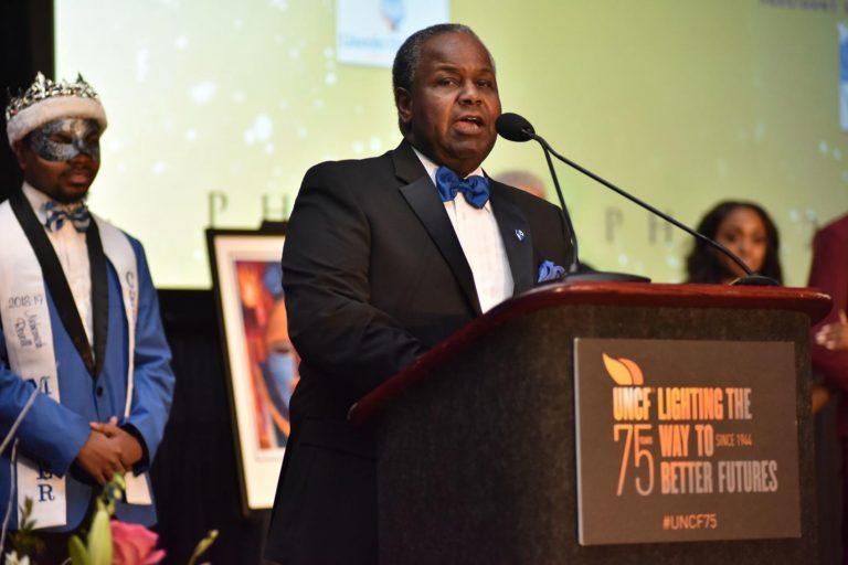Cheyney University President Dr. Aaron Walton speaks at the 2019 Philadelphia UNCF Mayor's Masked Ball. (Ronald Gray/The Philadelphia Tribune)