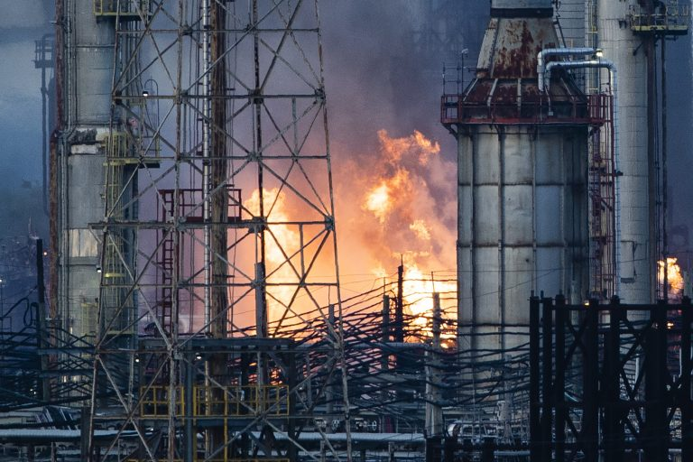 Flames and smoke emerge from the Philadelphia Energy Solutions Refining Complex in Philadelphia, Friday, June 21, 2019. (Matt Rourke/AP Photo)
