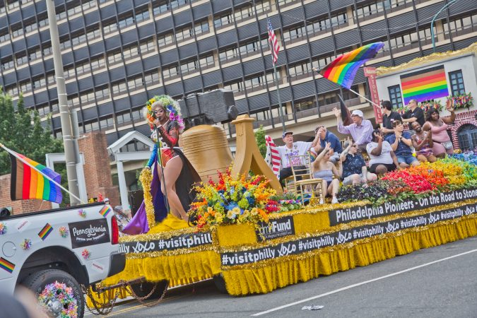 Visit Philly pays tribute to Stonewall pioneers at Philly's Fourth of July Parade. (Kimberly Paynter/WHYY)