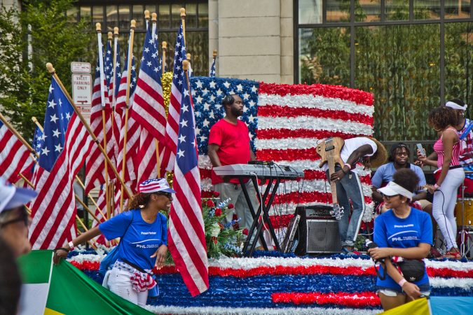 Marchers celebrate Fourth of July at Philadelphia's Independence Day parade. (Kimberly Paynter/WHYY)