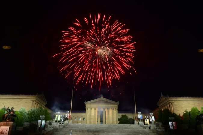 Fireworks over the Art Museum close out the 2019 Independence Day celebrations on the Parkway. (Bastiaan Slabbers for WHYY)