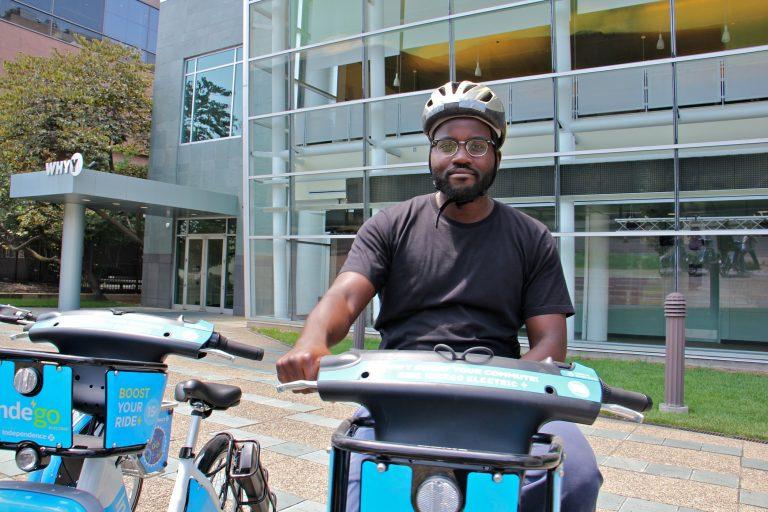 PlanPhilly's transportation reporter Darryl Murphy (Emma Lee/WHYY)