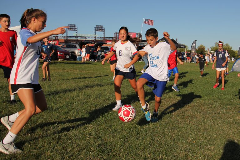 Record-setting crowd welcomes U S  Women's soccer to Philly
