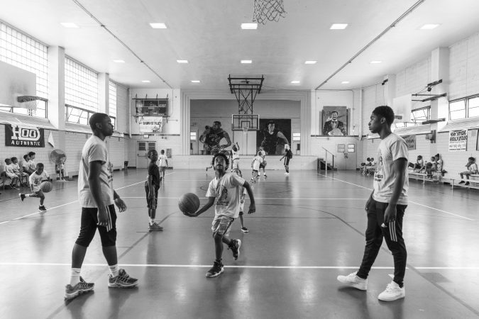 A slice of life at the Hank Gathers Rec Center in July 2018. (Jessica Kourkounis for Keystone Crossroads)