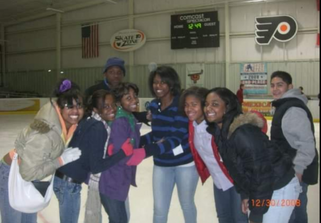 Jayuana Bullard (far left) during a KIPP Philadelphia field trip around 2007. (Photo provided by Jayuana Bullard)