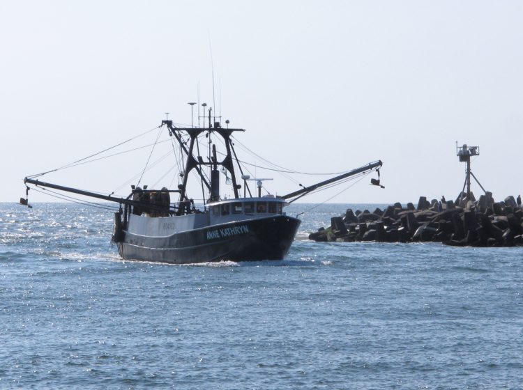 Ann Kathryn sails into the Manasquan Inlet