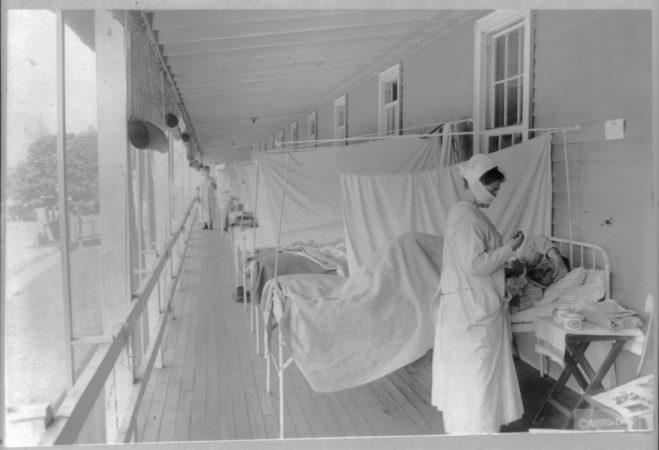 Influenza ward, Walter Reed Hospital, Washington, D.C., about Nov. 1, 1918(Library of Congress Prints and Photographs Division)