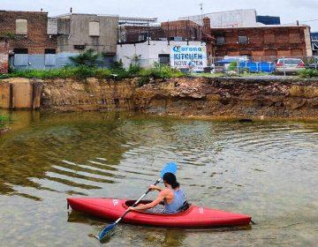 A construction ditch in Kensington has enough water for kayaking (Instagram/@jordanbaumgarten)