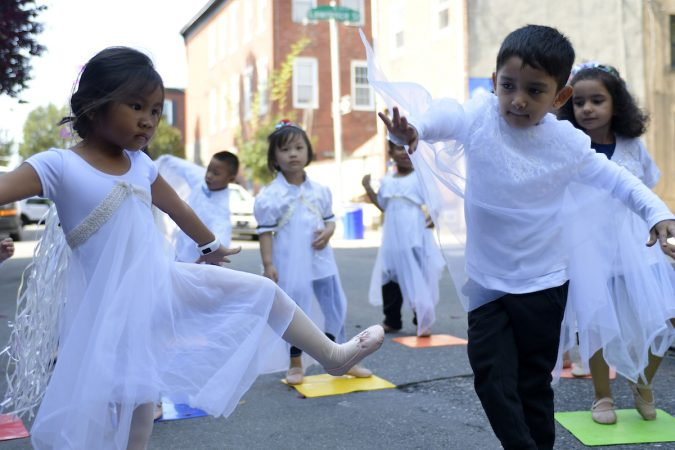 Students of the Settlement Music School perform at the unveiling of a historical marker for the Mother Bethel AME Burying Ground. (Bastiaan Slabbers for WHYY)
