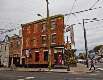 Johny Brenda's at Girad and Frankford Avenues in Fishtown. (Kimberly Paynter/WHYY)