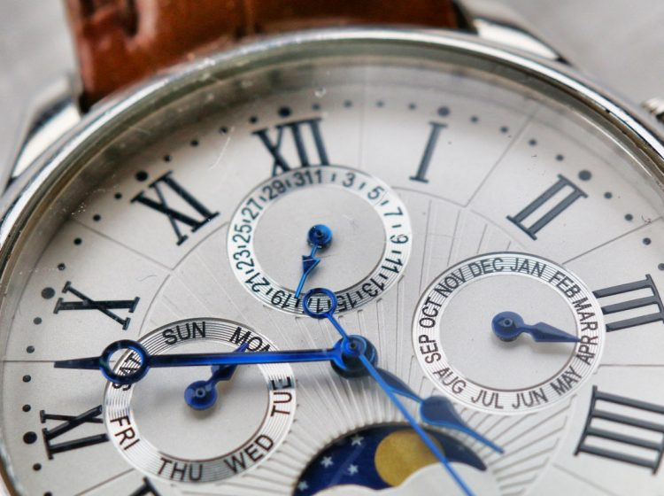 Analogue Antique Watch