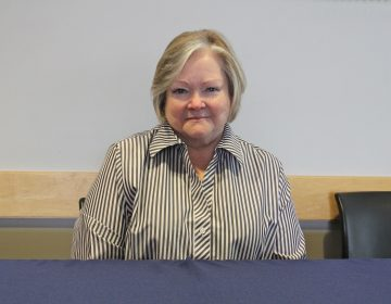 Judy Shepard, mother of Matthew Shepard, who was murdered in 1998 because he was gay, spoke at the National Constitution Center to a summit of law enforcement officials on hate crimes and domestic terrorism. (Emma Lee/WHYY)