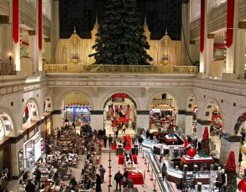 Macy's department store in Center City, Philadelphia. (Emma Lee/WHYY)