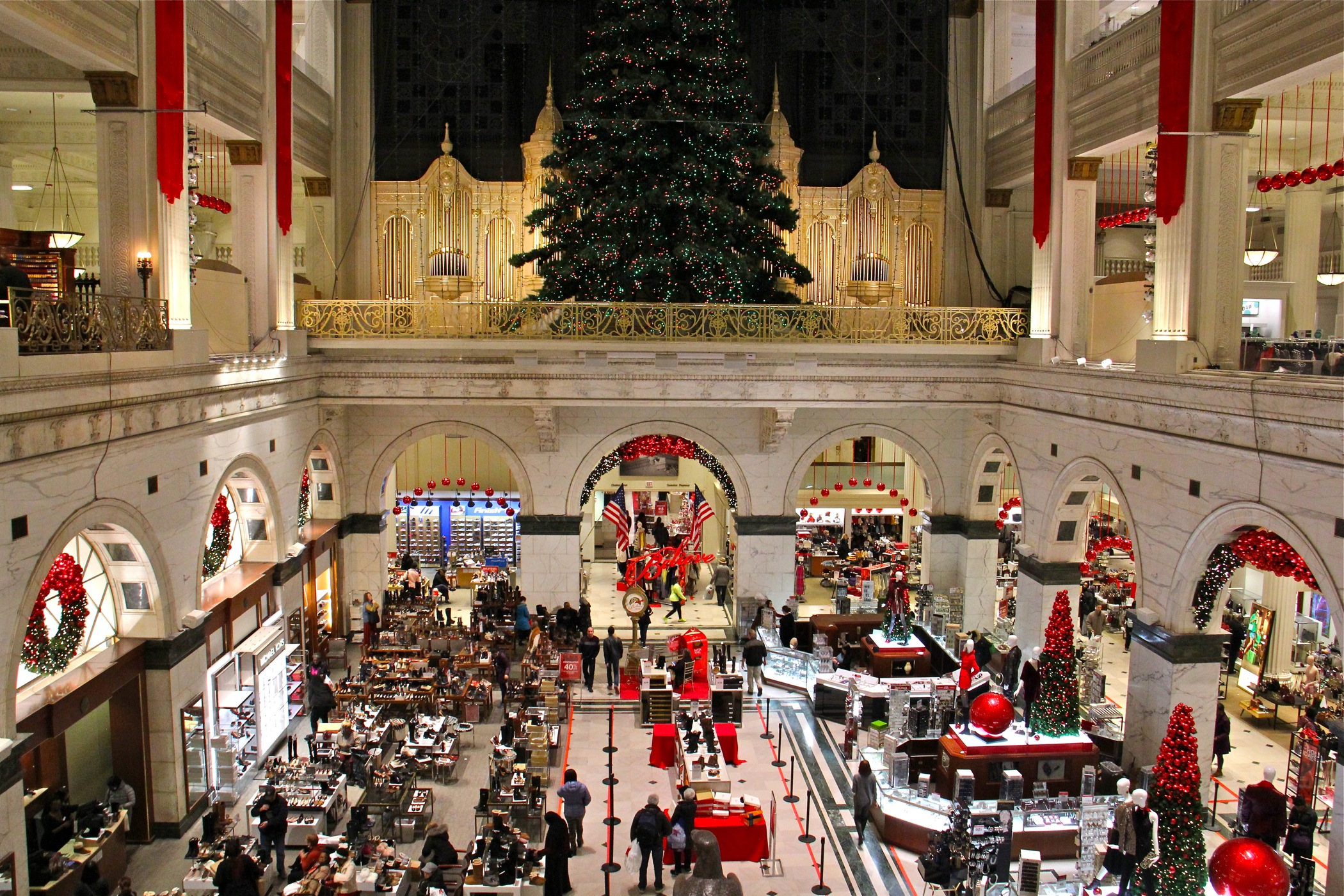 Macy's, Center City retailers doing well, new report finds - WHYY