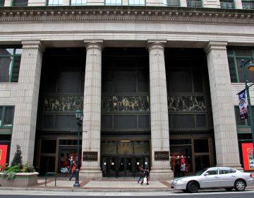 Macy's department store on Market Street in Philadelphia. (Emma Lee/WHYY)