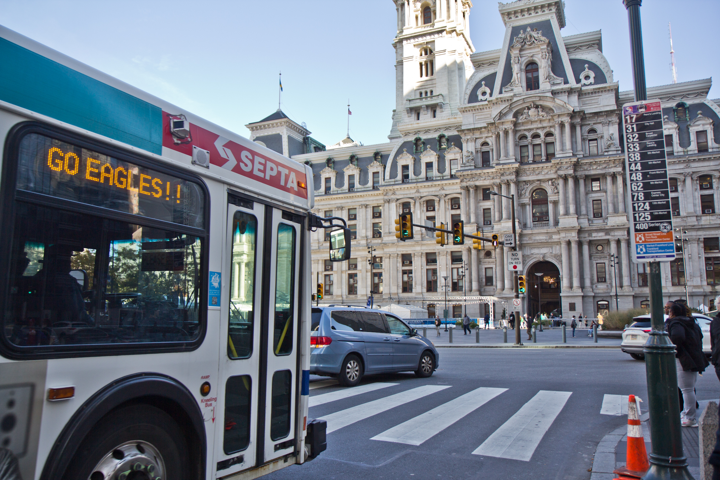 Septa Gives Buses A Head Start With Queue Jumping Whyy