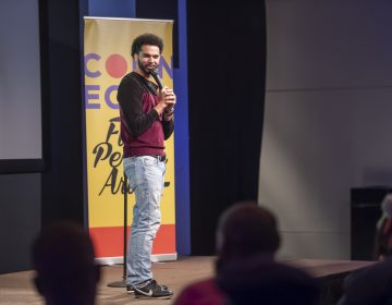 Comedian Che Guerrero opened the event. (Jonathan Wilson for WHYY)