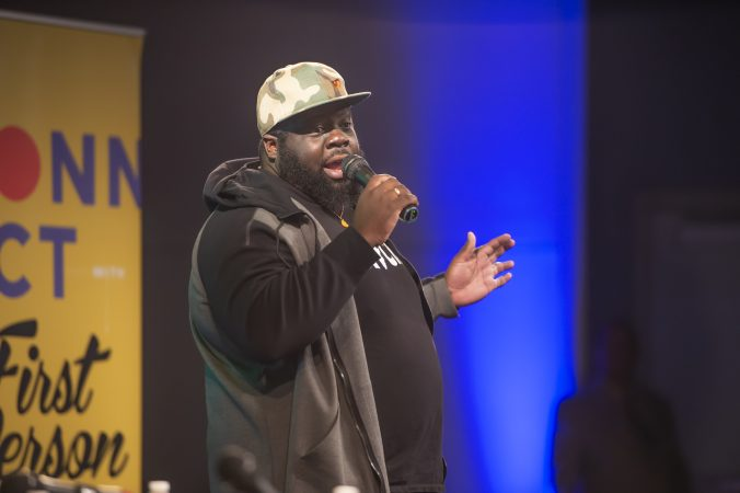 Comedian Chris Cotton entertains the the audience. (Jonathan Wilson for WHYY)