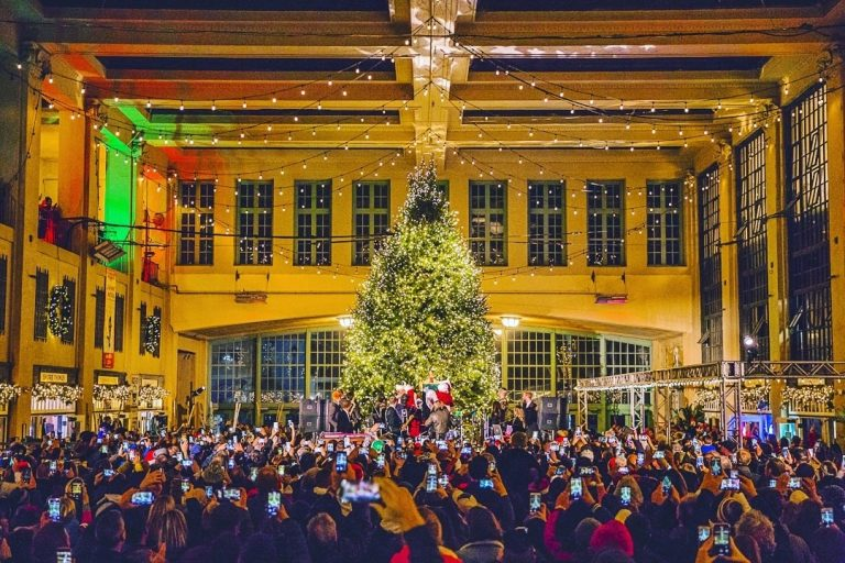The 2019 Asbury Park Convention Hall Christmas Tree lighting ceremony. (Courtesy of Chris Spiegel/Blur Revision Media Design)