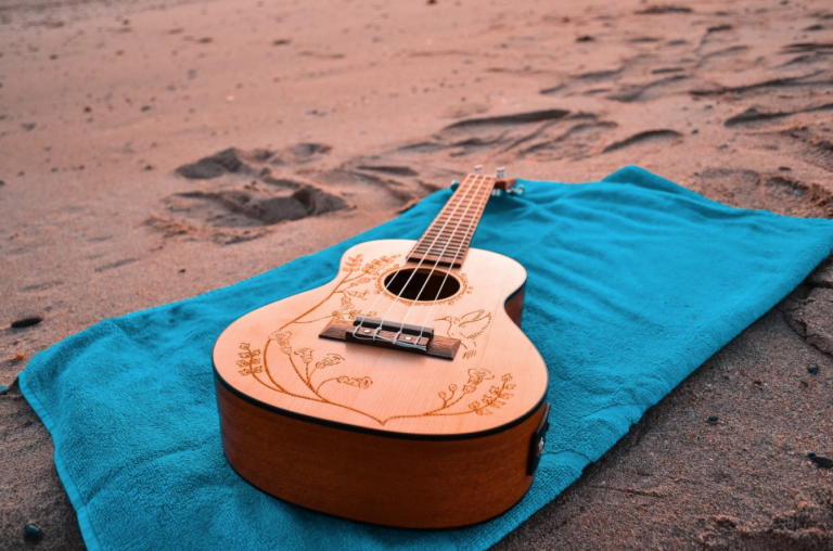 The inaugural Barefoot Country Music Fest is set for Friday, June 19 through Sunday, June 21 on Wildwood's Lincoln Avenue beach. (Public domain image)