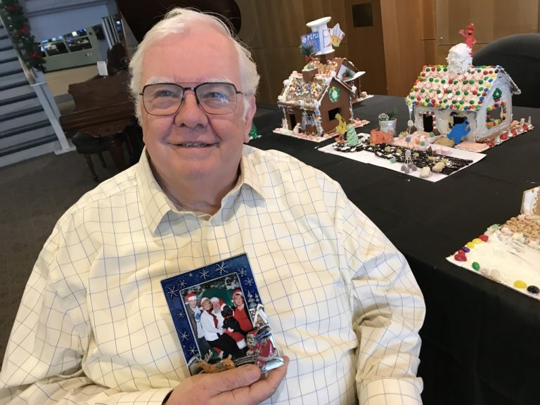Jim Cummings of Pennsauken, N.J. once worked as a Santa Claus at Paramus Park Mall and found a special connection with wishful, loving children. (Jennifer Lynn/WHYY)