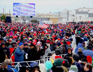 Thousands line up outside the Wildwoods Convention Center to see President Donald Trump. (Emma Lee/WHYY)