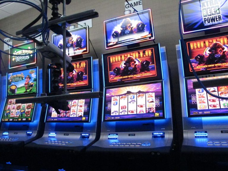 Can't touch this: Real slot machines controlled online - WHYY