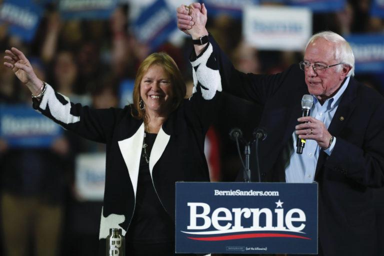 Democratic presidential candidate Sen. Bernie Sanders, I-Vt., with his wife, Jane O'Meara Sanders. (David Zalubowski/AP Photo)