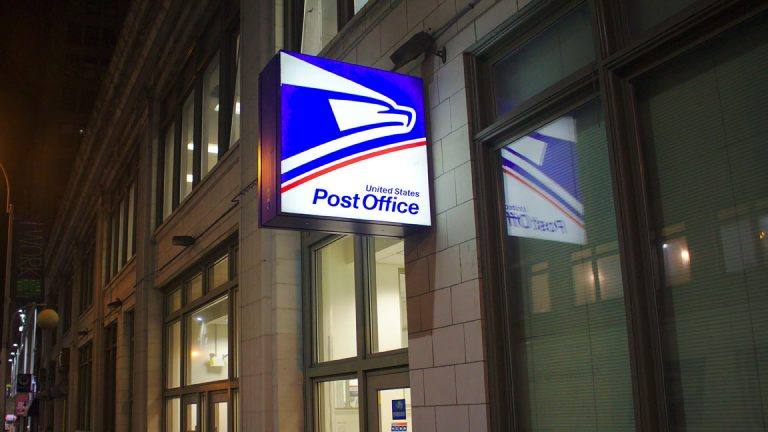 """U.S. Rep. Bill Pascrell (D-9th) said """"USPS Fairness Act"""" could help secure the future health of the agency. (Corey Ryan Hanson/Pixabay)"""