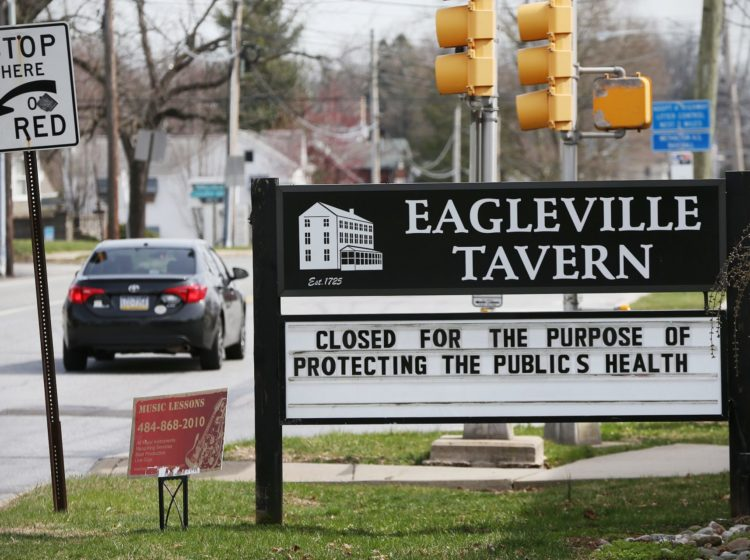 """More than 830,000 Pennsylvanians have abruptly found themselves without a job or income following the statewide shutdown of schools and all but """"life-sustaining"""" businesses — decisions intended to slow the spread of the coronavirus. (Tim Tai/The Philadelphia Inquirer)"""