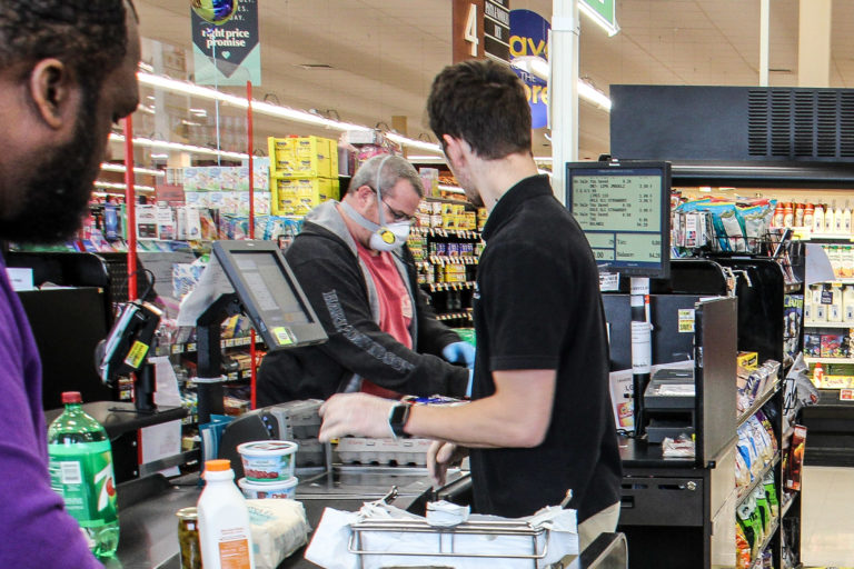 Shoppers at the Whitman Plaza Shoprite in South Philadelphia. (Emma Lee/WHYY)