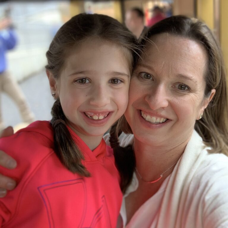 Samantha Southall and her 10 1/2-year-old daughter, who fractured her wrist amid the coronavirus pandemic. (Courtesy of Samantha Southall)