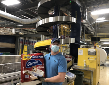A worker in the Proctor & Gamble Mehoopany plant (Courtesy P&G)