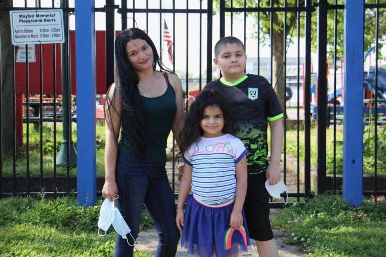 Cindy, Xavier and Dahlia Mondragon