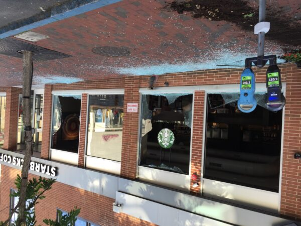 Starbucks damaged during Wilmington, Del. protest
