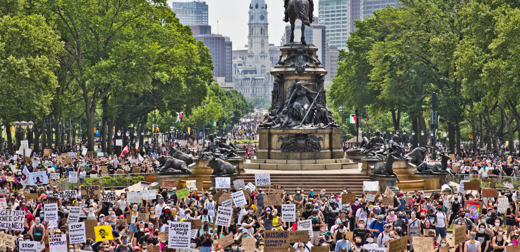 Protesters take over the Benjamin Franklin Parkway