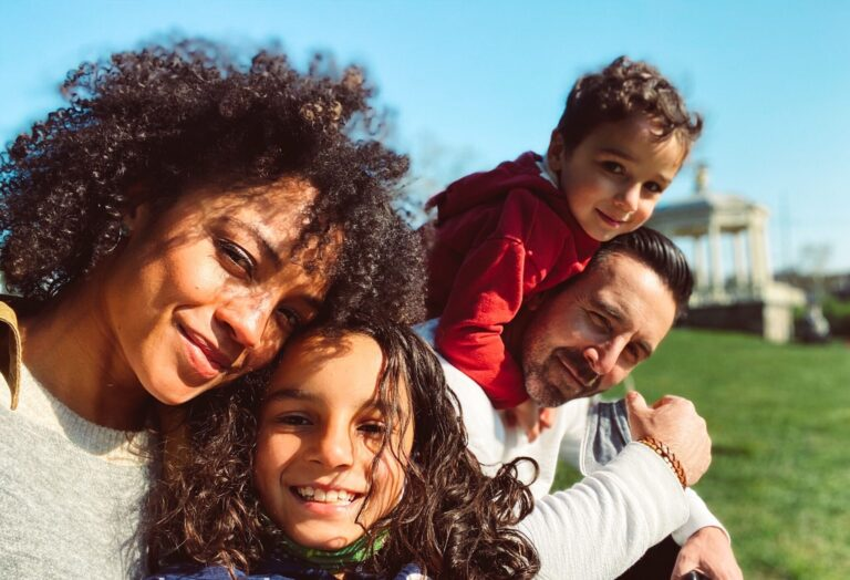 Blair La May Masiello and her husband Michael Masiello with their kids. Courtesy of Blair La May Masiello)