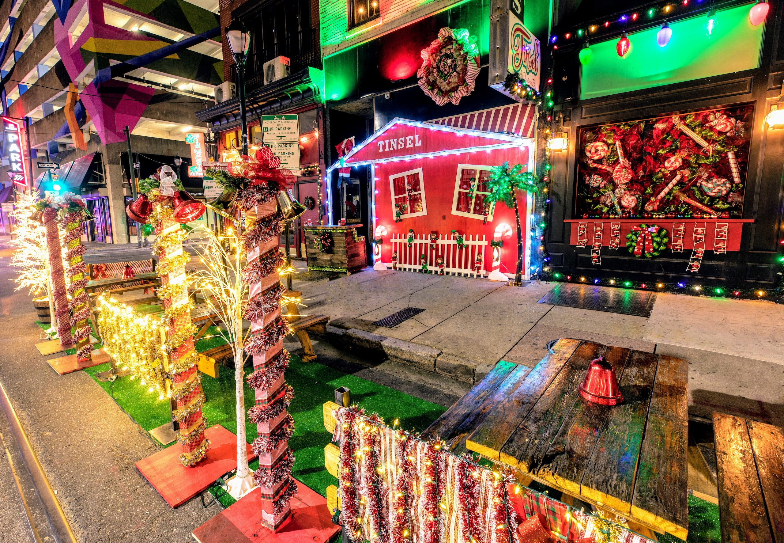 Christmas Day In Philadelphia 2021 Tinsel Pop Up Bar Returns To Center City For Christmas In July Whyy