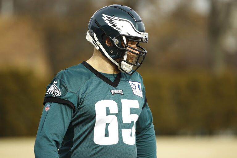 Philadelphia Eagles offensive tackle Lane Johnson warms up at the NFL football team's practice facility in Philadelphia, Thursday, Jan. 2, 2020. (AP Photo/Matt Rourke)