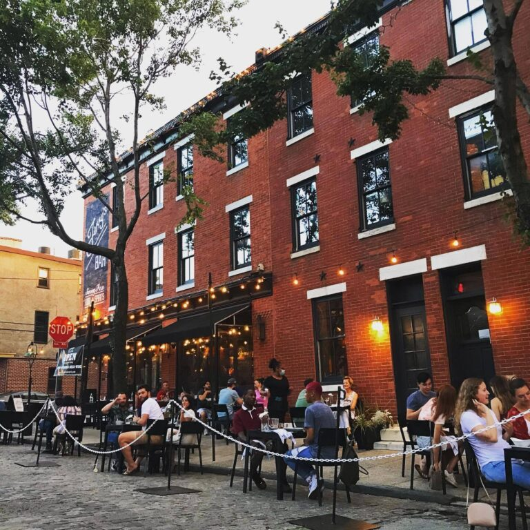 People dine outside in Northern Liberties. (Courtesy of Northern Liberties Business Improvement District)